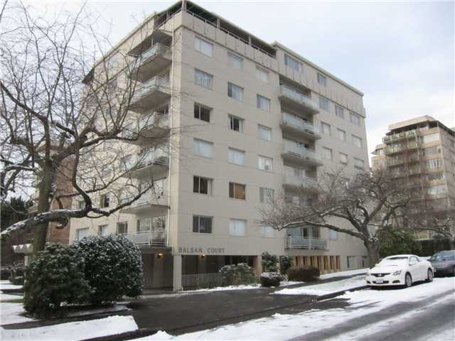 "Main Photo: 703 2409 W 43RD Avenue in Vancouver: Kerrisdale Condo for sale in ""BALSAM COURT"" (Vancouver West)  : MLS®# V926276"