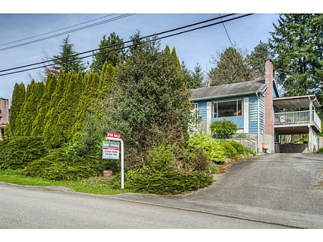 Main Photo: 157 MONTGOMERY Street in Coquitlam: Cape Horn House for sale : MLS® # V1114497