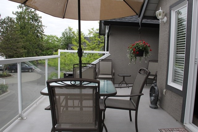 "Photo 13: 28 4740 221 Street in Langley: Murrayville Townhouse for sale in ""Eaglecrest"" : MLS(r) # R2066258"