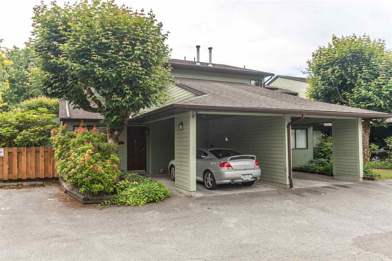 "Main Photo: 8 20681 THORNE Avenue in Maple Ridge: Southwest Maple Ridge Townhouse for sale in ""THORNBERRY GATE"" : MLS®# R2077258"