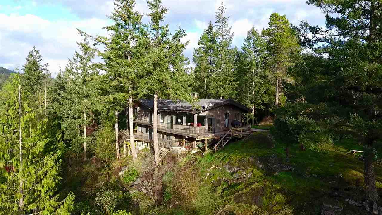 "Photo 18: Photos: 11808 SUNSHINE COAST Highway in Pender Harbour: Halfmn Bay Secret Cv Redroofs House for sale in ""MIDDLEPOINT"" (Sunshine Coast)  : MLS® # R2102704"