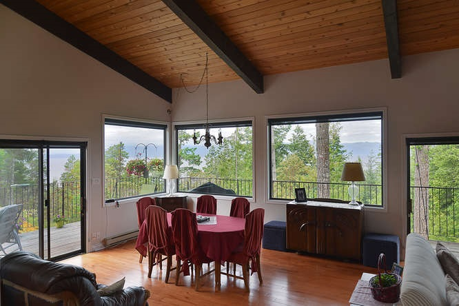 "Photo 7: Photos: 11808 SUNSHINE COAST Highway in Pender Harbour: Halfmn Bay Secret Cv Redroofs House for sale in ""MIDDLEPOINT"" (Sunshine Coast)  : MLS® # R2102704"