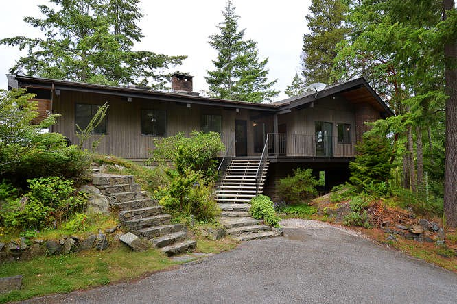 "Photo 4: Photos: 11808 SUNSHINE COAST Highway in Pender Harbour: Halfmn Bay Secret Cv Redroofs House for sale in ""MIDDLEPOINT"" (Sunshine Coast)  : MLS® # R2102704"