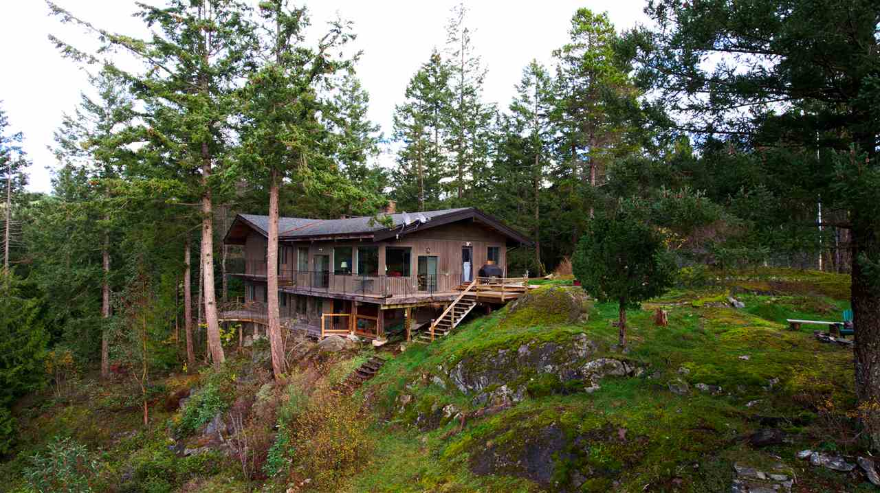 "Photo 13: Photos: 11808 SUNSHINE COAST Highway in Pender Harbour: Halfmn Bay Secret Cv Redroofs House for sale in ""MIDDLEPOINT"" (Sunshine Coast)  : MLS® # R2102704"