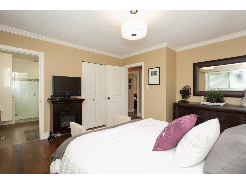 Photo 11: 730 TOWNLEY Street in Coquitlam: Coquitlam West House for sale : MLS(r) # R2126656