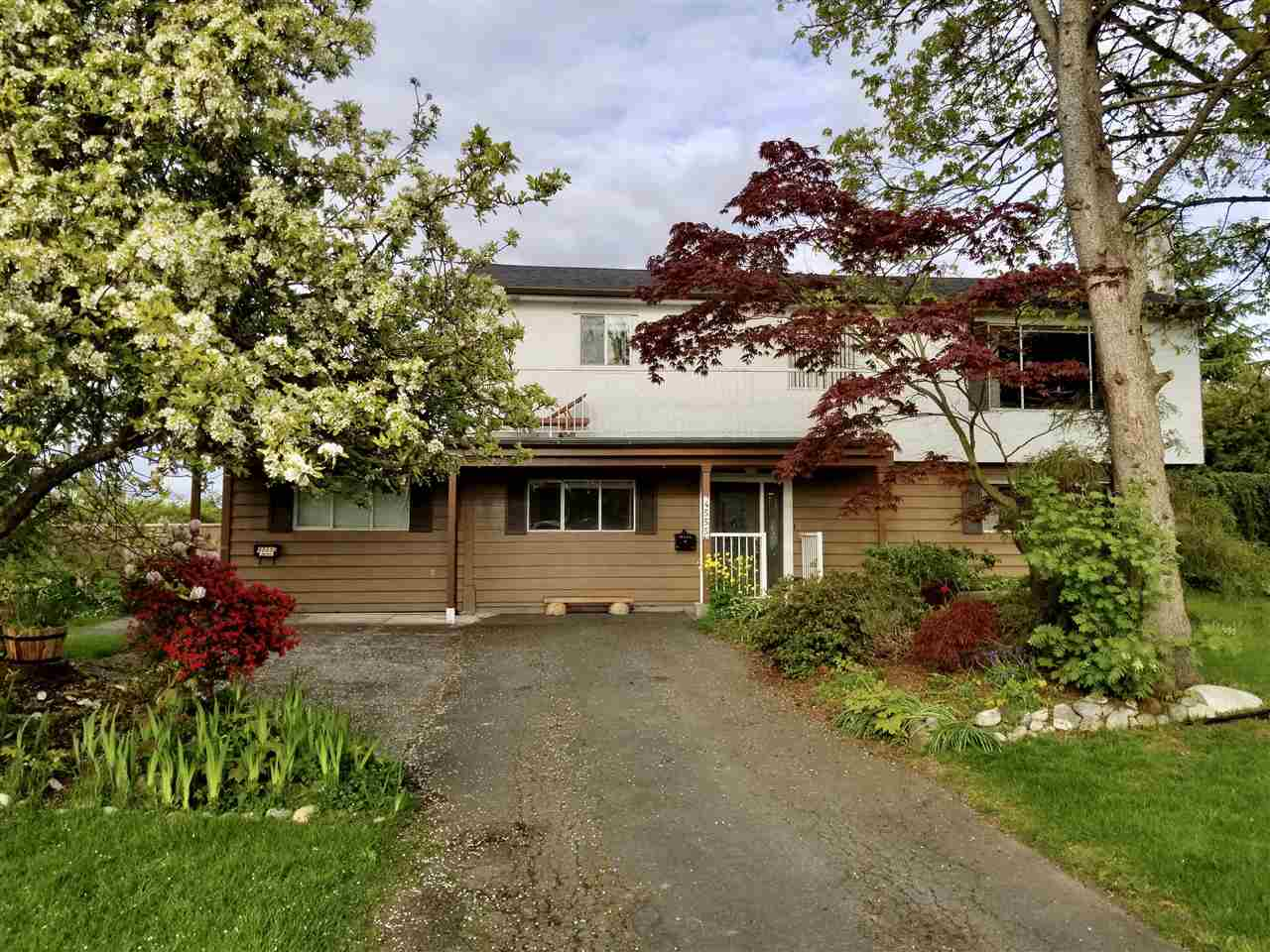 Main Photo: 4555 EDMONDS Drive in Delta: Port Guichon House for sale (Ladner)  : MLS(r) # R2150154