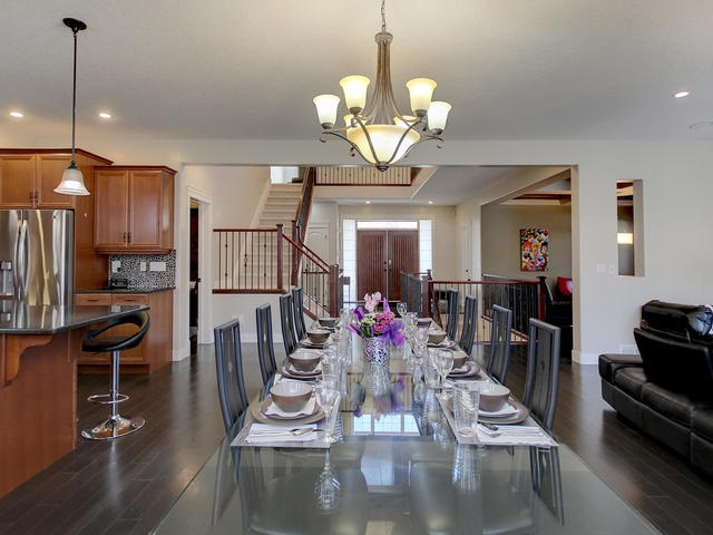 Open area for large dinette and dinner entertaining.