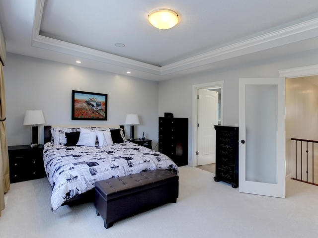 Spacious master bedroom with large walk-in closet and 5 pc. ensuite.