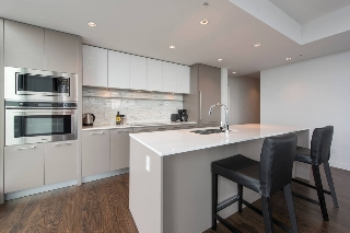 Main Photo: 2504 8031 NUNAVUT Lane in Vancouver: Marpole Condo for sale (Vancouver West)  : MLS(r) # R2155596