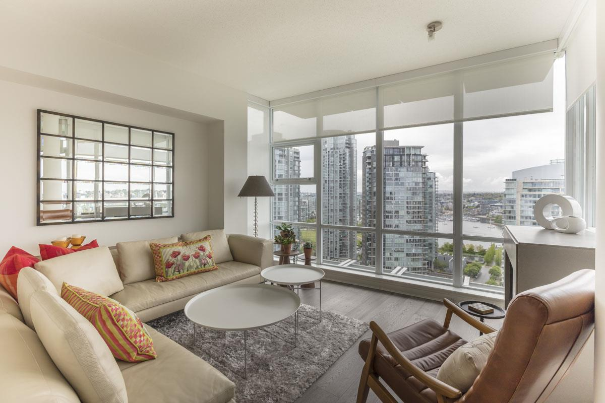 Southeast Facing Living Offers Panoramic Views