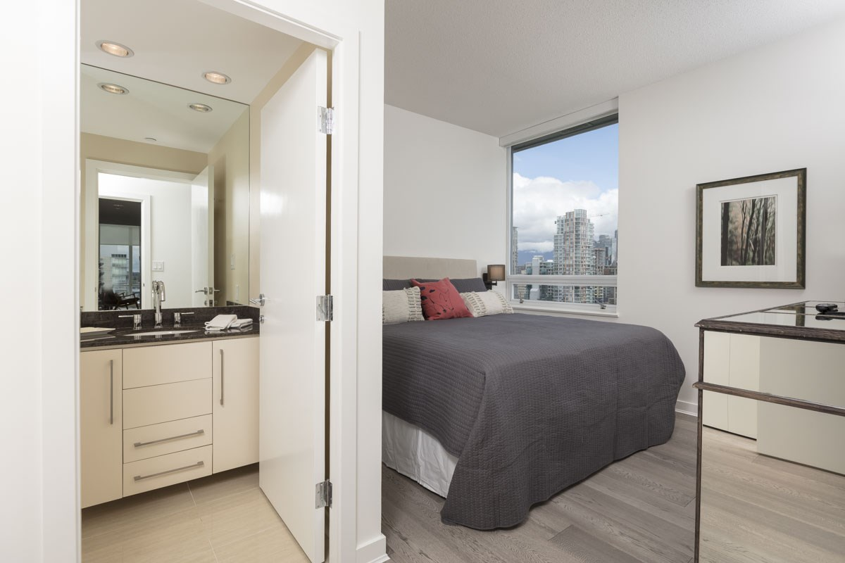 Master with Ensuite Showcases Cityscape Views