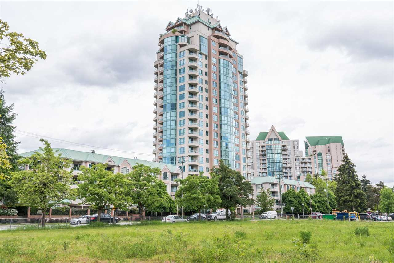 Main Photo: 1706 3071 GLEN Drive in Coquitlam: North Coquitlam Condo for sale : MLS® # R2169869