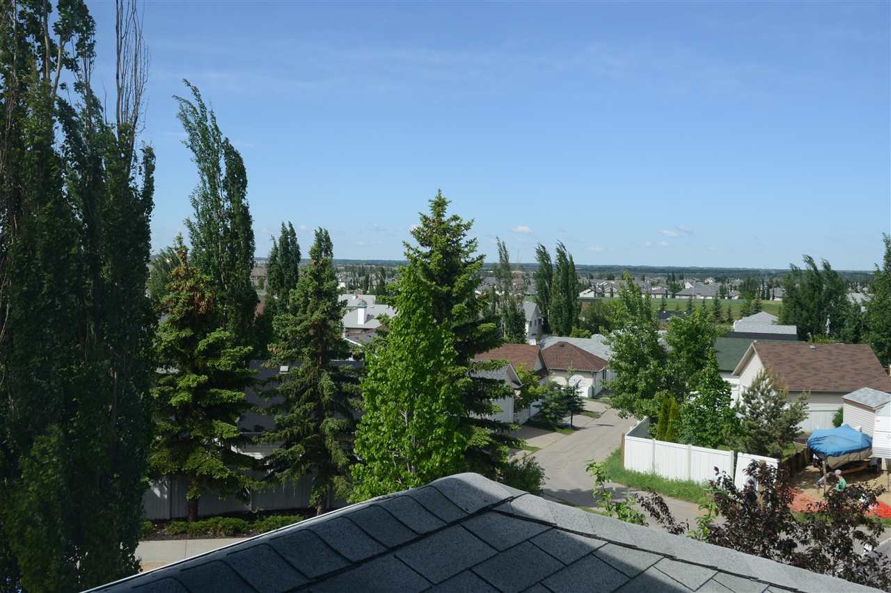 West view over yard and neighbourhood.
