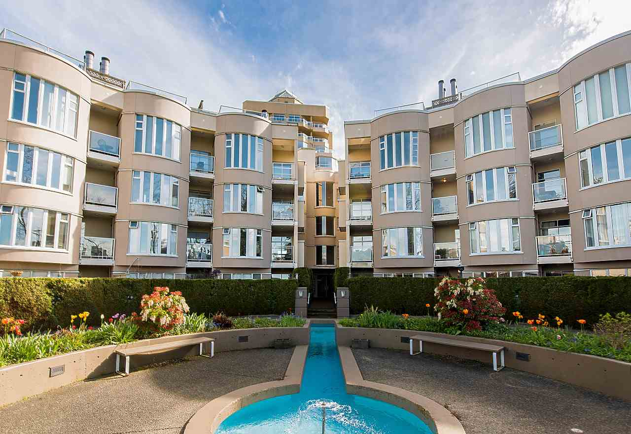 "Main Photo: 219 1236 W 8TH Avenue in Vancouver: Fairview VW Condo for sale in ""GALLERIA II"" (Vancouver West)  : MLS® # R2186424"