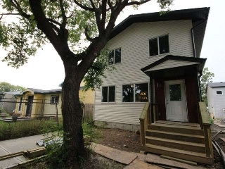 Main Photo:  in Edmonton: Zone 23 House for sale : MLS® # E4082298