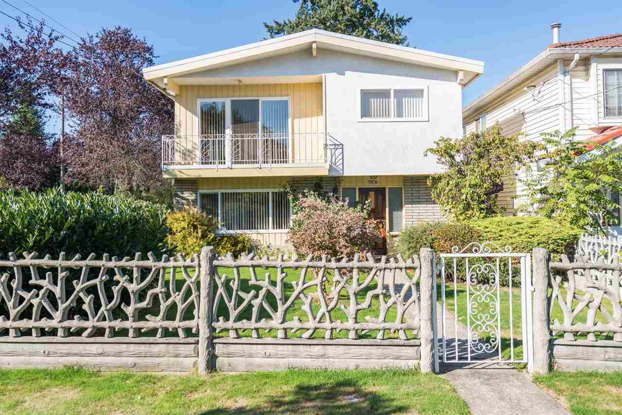Main Photo: 4397 ELGIN STREET in Vancouver: Fraser VE House for sale (Vancouver East)  : MLS® # R2214005