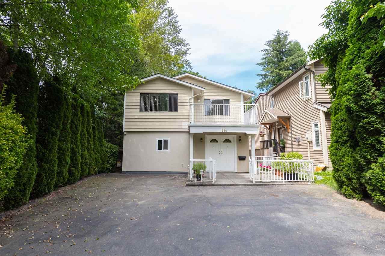 "Main Photo: 696 W 29TH Street in North Vancouver: Upper Lonsdale House for sale in ""Upper Lonsdale"" : MLS® # R2241193"