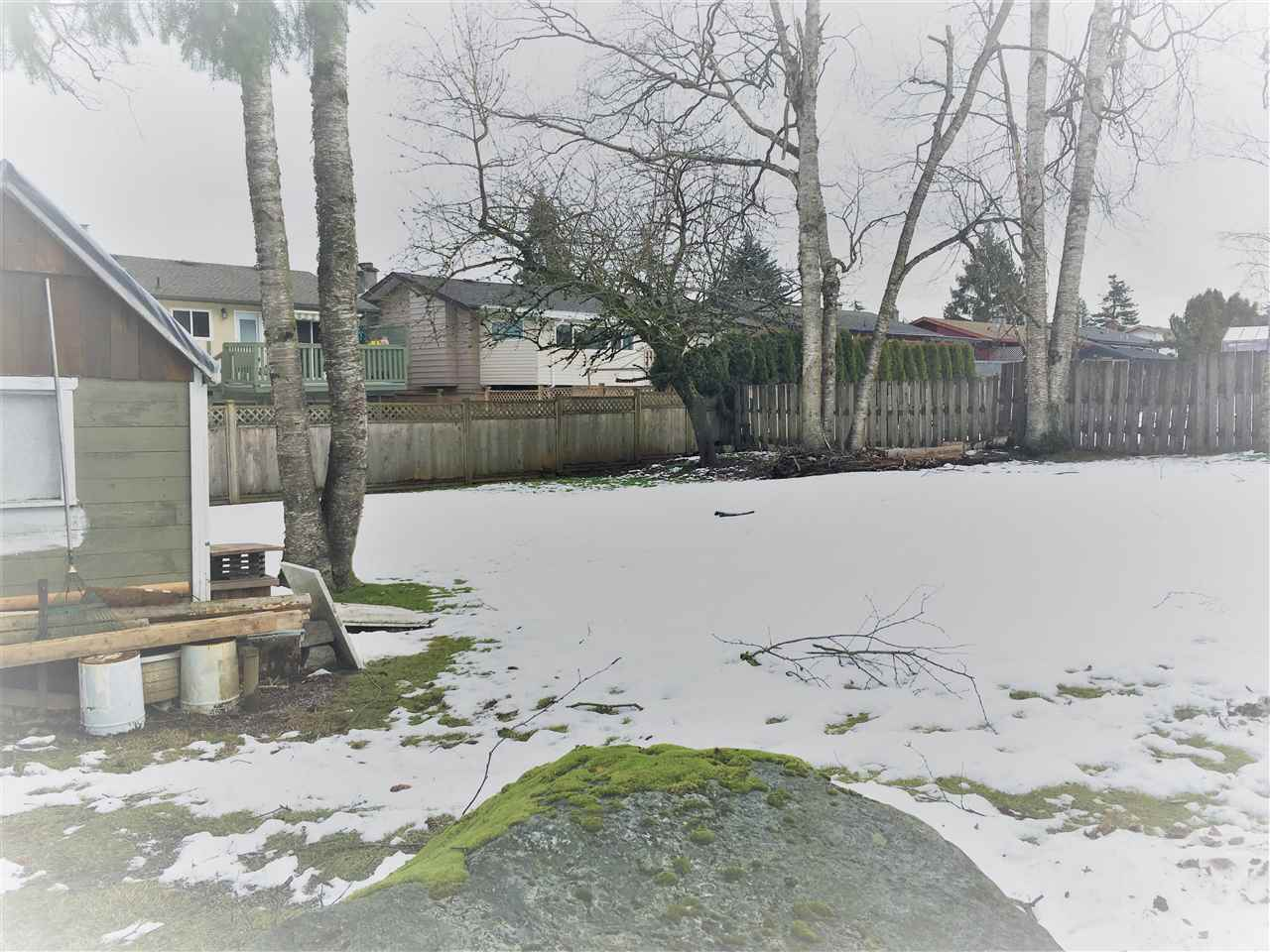 Photo 10: Photos: 3088 - 3090 PRINCESS Street in Abbotsford: Abbotsford West House Duplex for sale : MLS® # R2244539