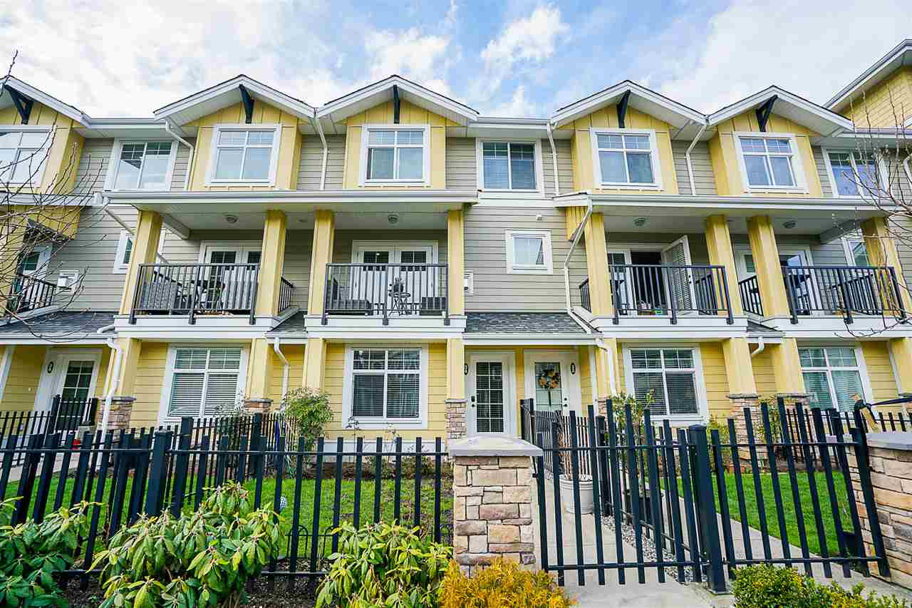 "Main Photo: 34 17171 2B Avenue in Surrey: Pacific Douglas Townhouse for sale in ""AUGUSTA"" (South Surrey White Rock)  : MLS®# R2251832"