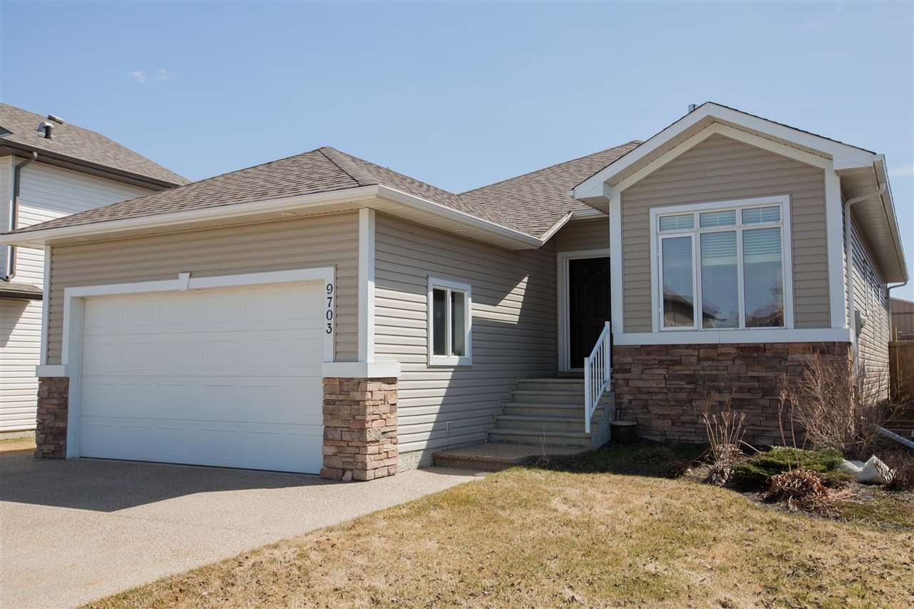 Main Photo: 9703 105 Avenue: Morinville House for sale : MLS®# E4109258