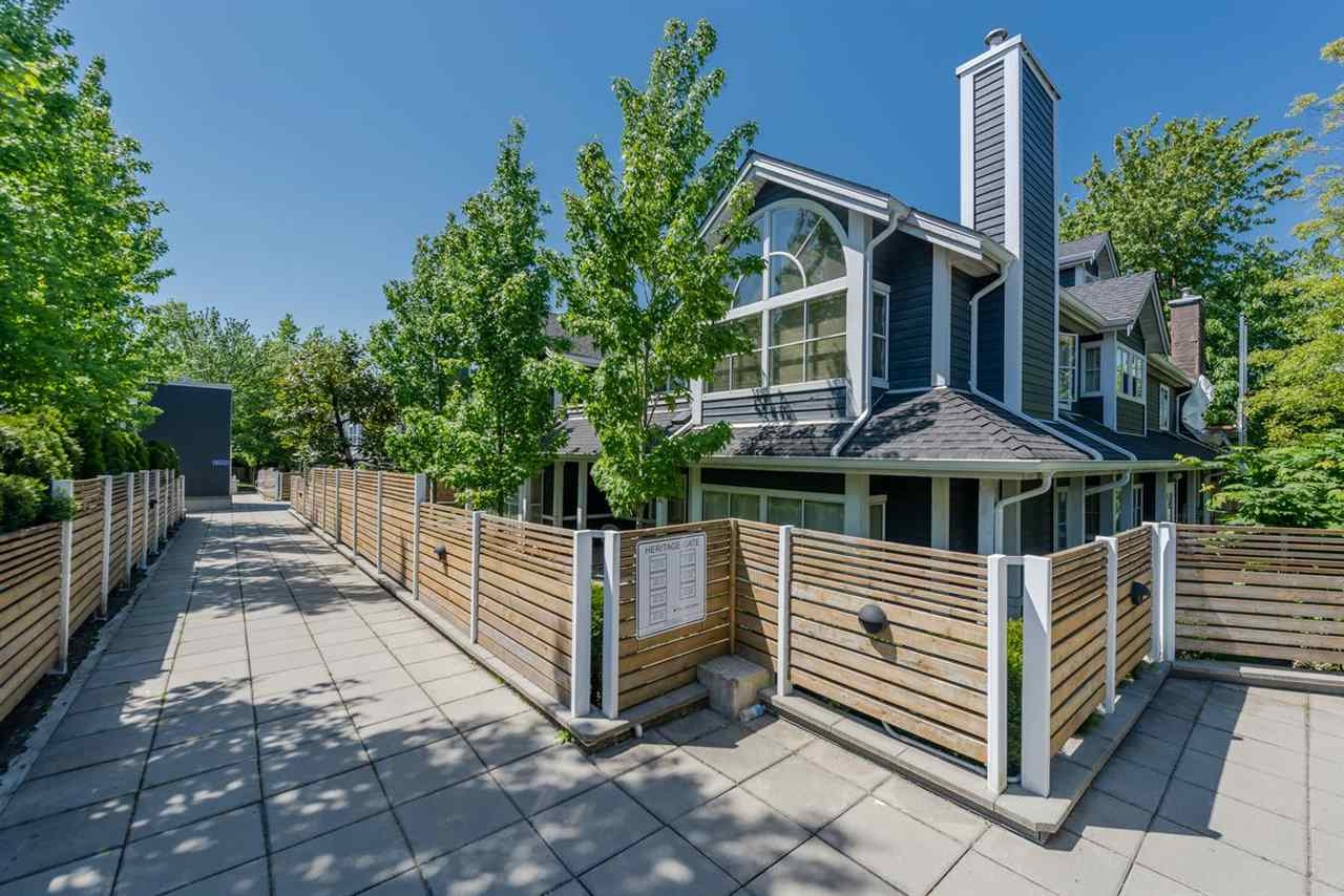 Main Photo: 226 2960 E 29TH Avenue in Vancouver: Collingwood VE Townhouse for sale (Vancouver East)  : MLS®# R2268108