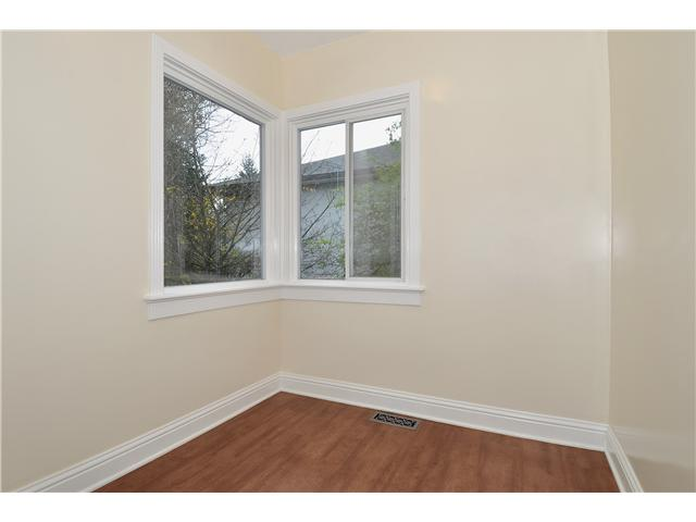 Photo 4: 1104 NANAIMO Street in New Westminster: Moody Park House for sale : MLS® # V1002969