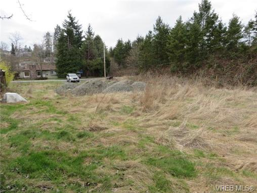 Main Photo: 742 Violet Avenue in VICTORIA: SW Marigold Land for sale (Saanich West)  : MLS® # 333596