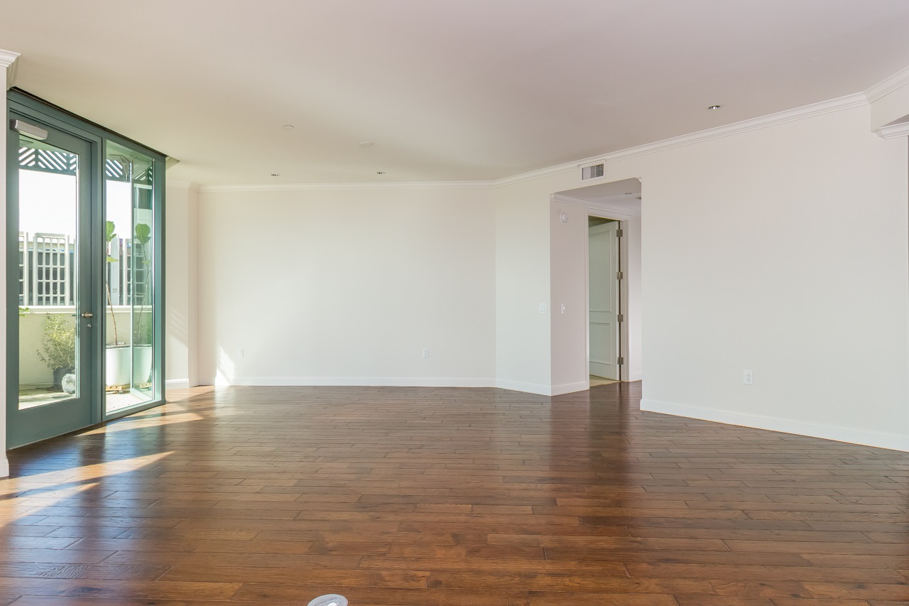 Photo 9: SAN DIEGO Condo for sale : 3 bedrooms : 2500 6th Avenue #303