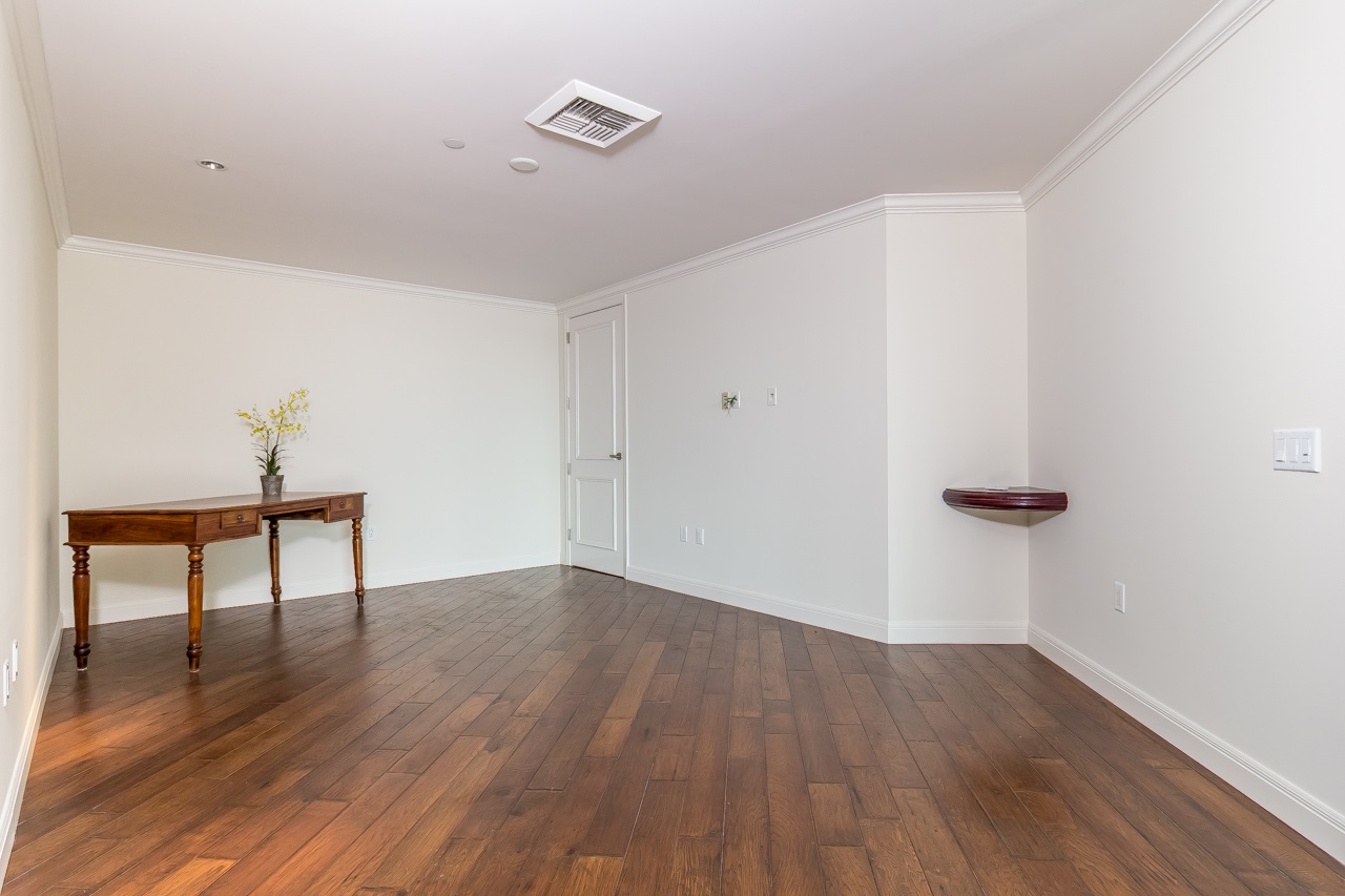 Photo 10: SAN DIEGO Condo for sale : 3 bedrooms : 2500 6th Avenue #303