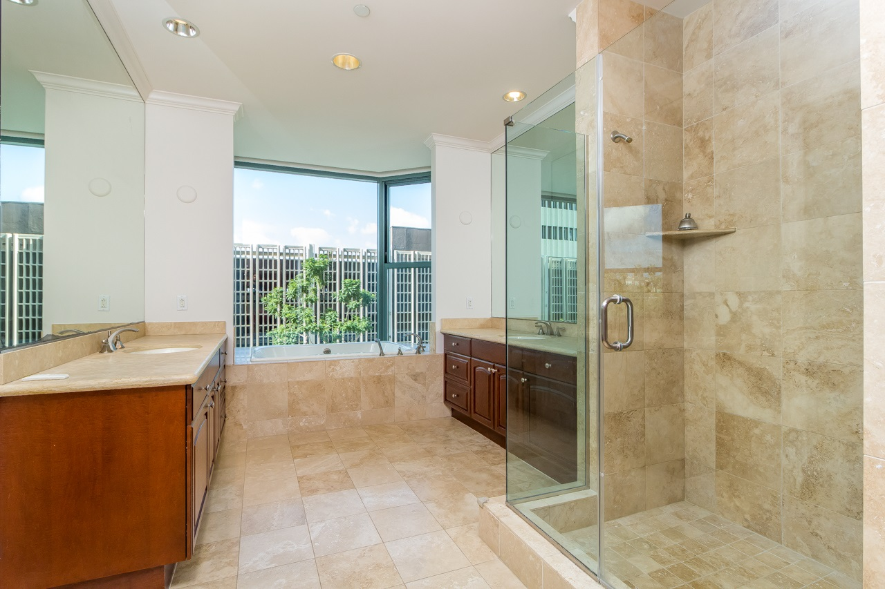 Photo 17: SAN DIEGO Condo for sale : 3 bedrooms : 2500 6th Avenue #303