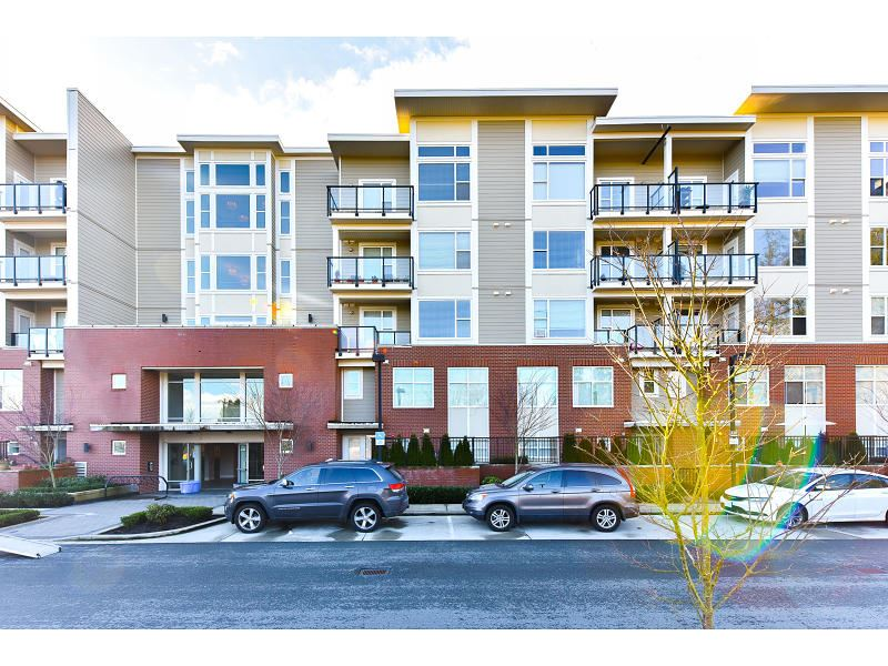 "Main Photo: 206 15956 86A Avenue in Surrey: Fleetwood Tynehead Condo for sale in ""Ascend"" : MLS® # R2030570"