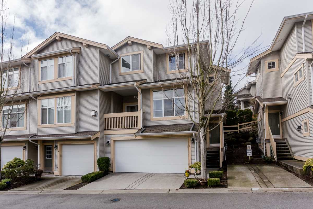 "Main Photo: 5 14959 58 Avenue in Surrey: Sullivan Station Townhouse for sale in ""Skylands"" : MLS®# R2037215"
