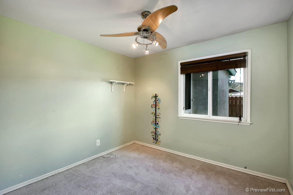 Photo 13: SANTEE House for sale : 3 bedrooms : 9932 SETTLE ROAD