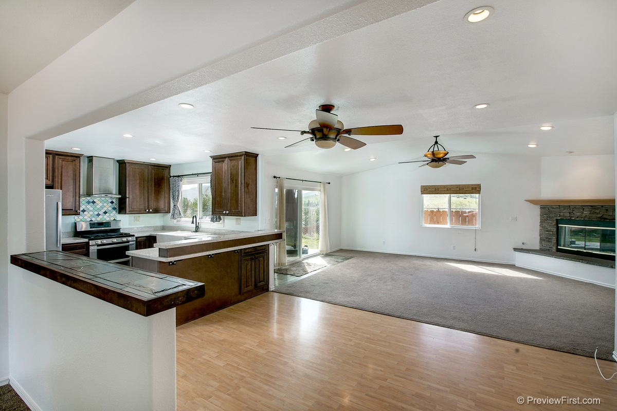Photo 5: SANTEE House for sale : 3 bedrooms : 9932 SETTLE ROAD