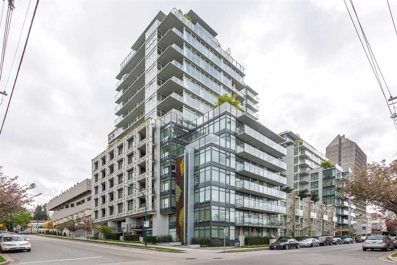 "Main Photo: 1001 728 W 8TH Avenue in Vancouver: Fairview VW Condo for sale in ""700 WEST 8TH"" (Vancouver West)  : MLS(r) # R2059033"