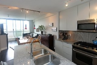 "Main Photo: 306 298 E 11TH Avenue in Vancouver: Mount Pleasant VE Condo for sale in ""SOPHIA"" (Vancouver East)  : MLS(r) # R2090826"