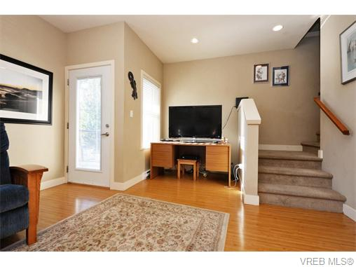 Photo 9: 2697 Azalea Lane in VICTORIA: La Langford Proper Townhouse for sale (Langford)  : MLS® # 370437