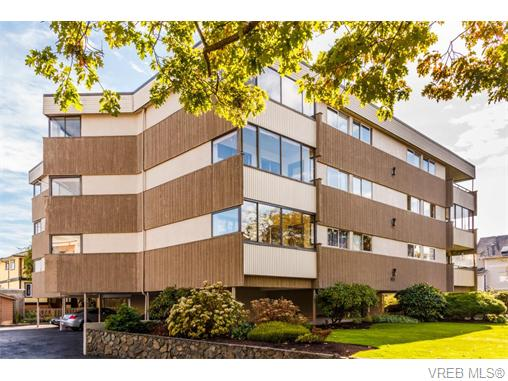 Main Photo: 302 137 Bushby Street in VICTORIA: Vi Fairfield West Condo Apartment for sale (Victoria)  : MLS® # 370483