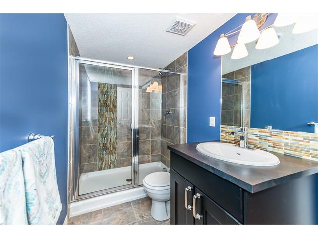 Photo 25: 131 Valley Stream Circle NW in Calgary: Valley Ridge House for sale : MLS® # C4092729