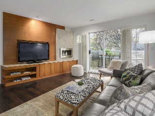 Main Photo: 2863 W 6TH Avenue in Vancouver: Kitsilano House 1/2 Duplex for sale (Vancouver West)  : MLS(r) # R2138450