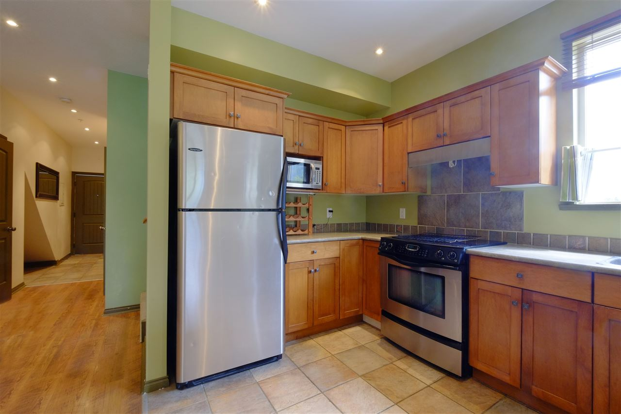"Photo 2: 201 1436 PORTAGE Road: Pemberton Townhouse for sale in ""PORTAGE STATION"" : MLS® # R2144828"