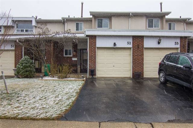 Main Photo: 52 525 Meadows Boulevard in Mississauga: Rathwood Condo for sale : MLS(r) # W3747088