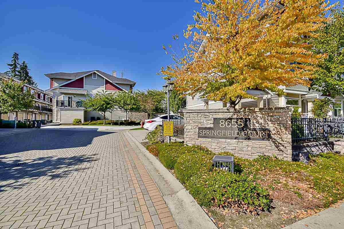 "Main Photo: 14 8655 159 Street in Surrey: Fleetwood Tynehead Townhouse for sale in ""Springfield"" : MLS® # R2156519"