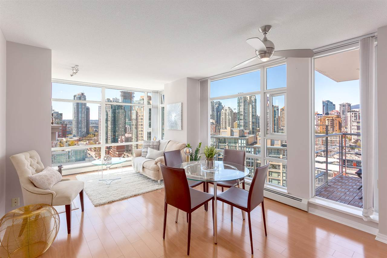 "Main Photo: 2101 198 AQUARIUS Mews in Vancouver: Yaletown Condo for sale in ""Aquarius II"" (Vancouver West)  : MLS® # R2158741"
