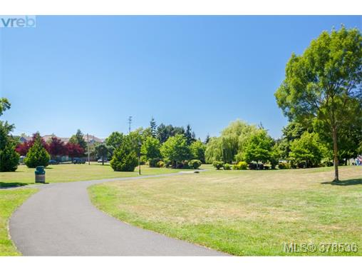 Photo 19: 15 3230 Rutledge Street in VICTORIA: SE Quadra Townhouse for sale (Saanich East)  : MLS(r) # 378536