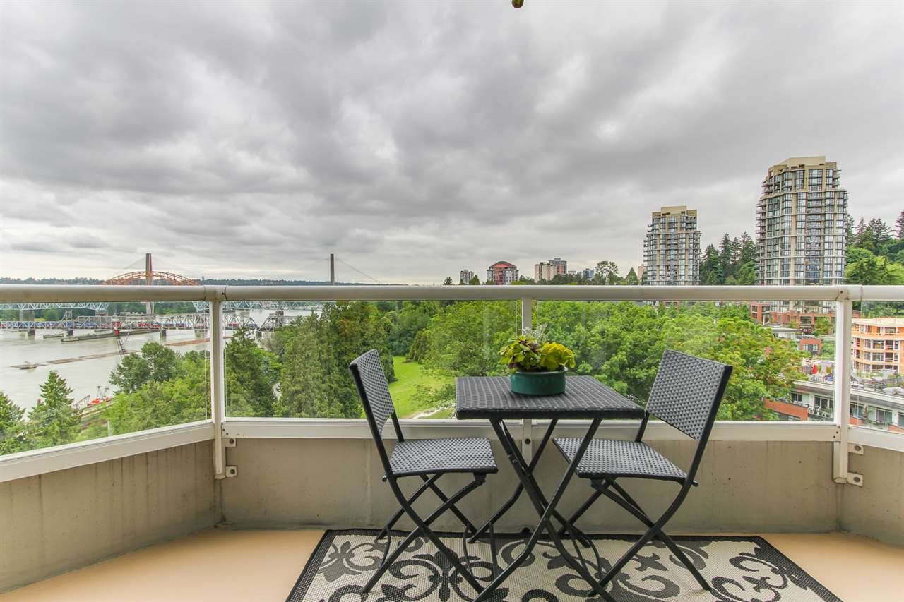 "Photo 3: 1606 69 JAMIESON Court in New Westminster: Fraserview NW Condo for sale in ""PALACE QUAY"" : MLS(r) # R2177945"