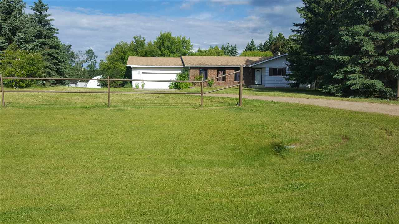 Main Photo: 36 23516 TWP 560 Road: Rural Sturgeon County House for sale : MLS(r) # E4069776
