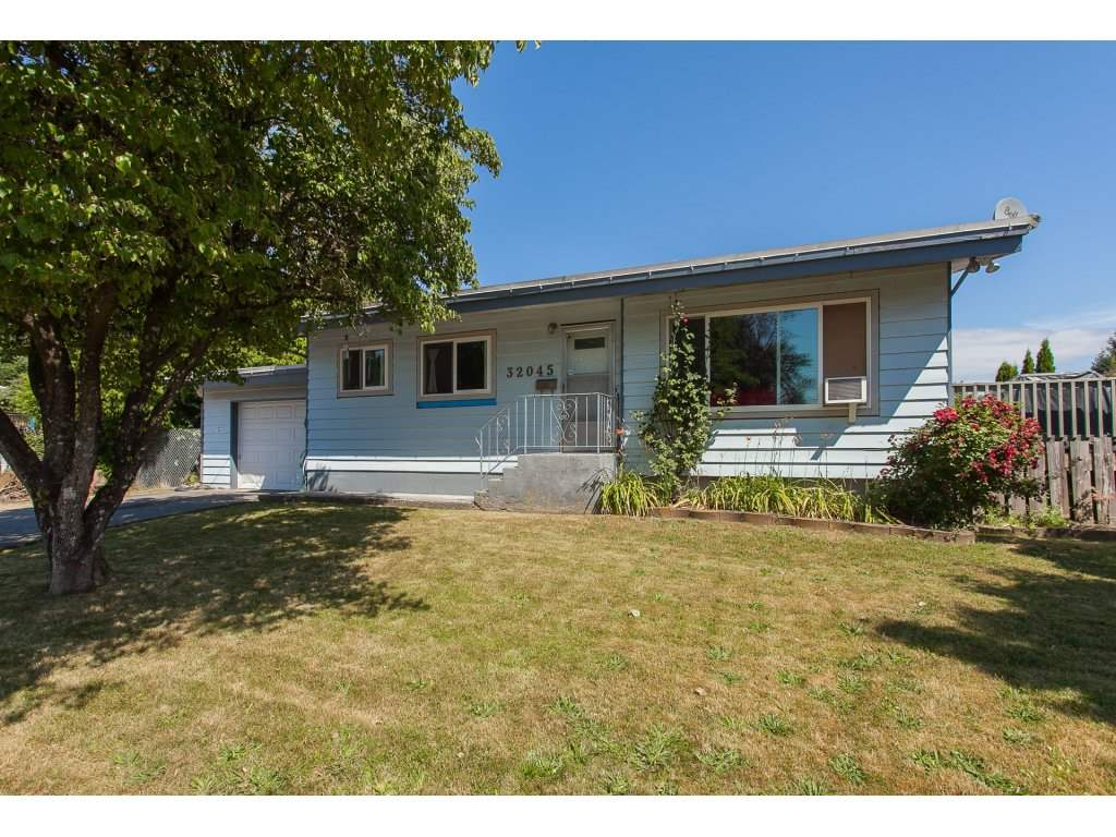 FEATURED LISTING: 32045 WESTVIEW Avenue Mission