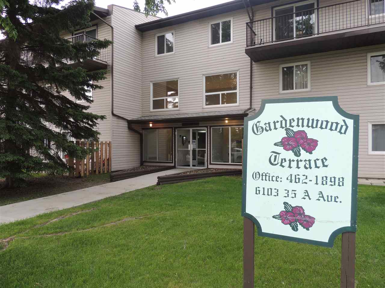 Main Photo: 210 6103 35A Avenue in Edmonton: Zone 29 Condo for sale : MLS® # E4073988