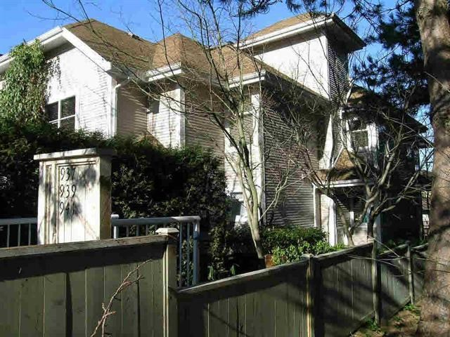 Main Photo: 937 E 8TH Avenue in Vancouver: Mount Pleasant VE Townhouse for sale (Vancouver East)  : MLS(r) # R2188607